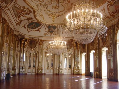 800px-Palácio_Queluz_interior_1.JPG