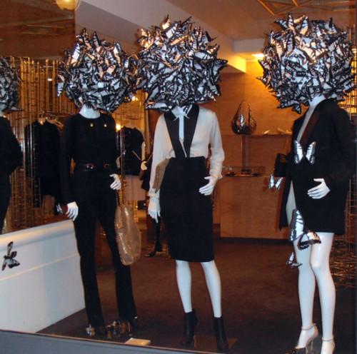 11-11-06 Mannequins2 red.jpg