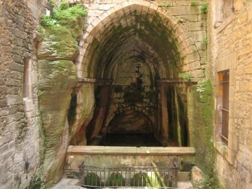 Fontaine Sainte Marie.jpg